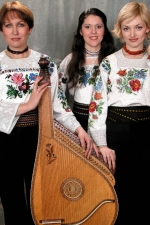 Тріо бандуристок «Мальви»