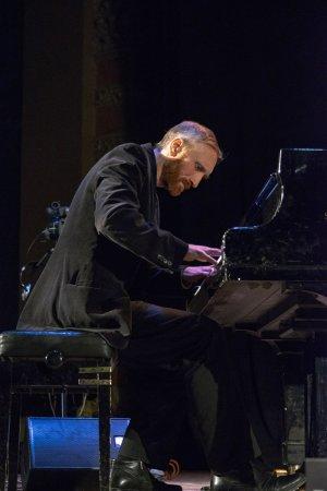 Джаз у філармонії